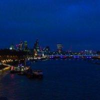 Ночь над Темзой :: Михаил Бояркин