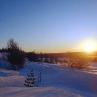 Восход солнца у Красной Горы :: Николай Туркин