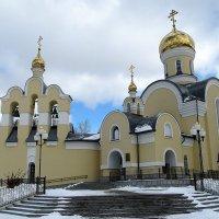 храм в честь Николая Угодника в Среднеуральске. :: Надежда Ерыкалина