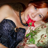 Девушка с розой :: Юрий Захаров