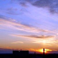 последние лучи заходящего солнца :: Александр Корчемный