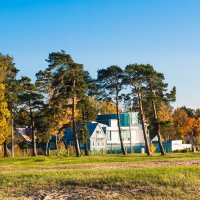 Дом на берегу :: Виталий
