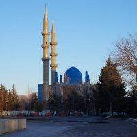 голубые купола мечети :: Alexandr Staroverov