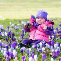 Внучка Маша , первая весна . :: Viktor Schwindt