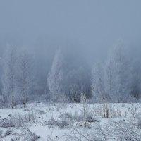Дом с окном в морозной дымке. Утро 22 03 16 :: Святец Вячеслав