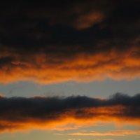 Закат -огненный дракон :: valeriy khlopunov