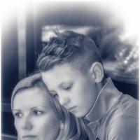 Сын и мама . Просто любовь . :: Игорь Абламейко