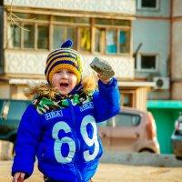 Кто дороже всех на свете? Ну конечно наши дети. Зайки,солнышки,цветочки!!! Наши дочки и сыночки!!! :: Наталья Александрова