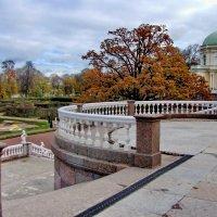 парадная лестница и фрагмент Дворца Меньшикова :: Валентина Папилова