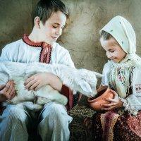Дети и козлёнок :: Olga Zhukova