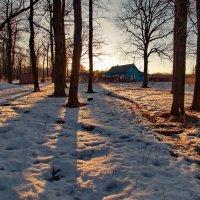 Солнце ниже, длиннее тени... :: Юрий Кольцов