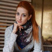 Огненноволосая девушка :: Андрей Майоров