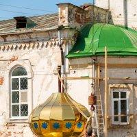 Реставрация церкви Успения Пресвятой Богородицы. :: Елена Кознова