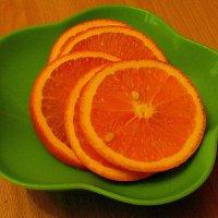 Оранжевый натюрморт. :: nadyasilyuk Вознюк