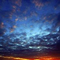 Просто небо... :: Сергей Добрыднев
