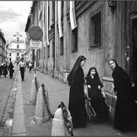 Дорога Во Храм, 1991 (Les Nonnes Et Le Policier) :: Андрей Пашис