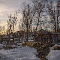 Весна у сарая :: Владимир Макаров