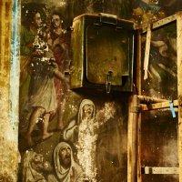 Старая церковь с.Добрица. Дары людей :: Александр Амеличкин