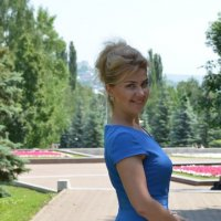 Портрет девушки в голубом платье :: Сергей Тагиров