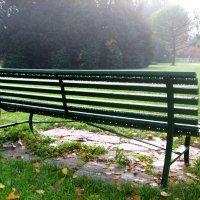 Скамейка в парке :: Асылбек Айманов