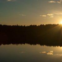 чудесный вечер на берегу озера Пестово :: Владислав Попов