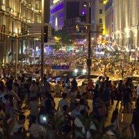 Воскресный вечер в Шанхае :: Виталий  Селиванов
