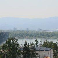 Енисей летом, Коммунальный мост :: Сергей Лаврухин