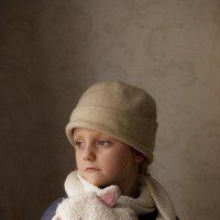 Детский портрет в шапке :: Ольга