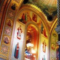 В храме Христа Спасителя :: Дмитрий Никитин