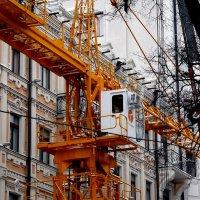 стройка в историческом центре Киева :: Александр Прокудин