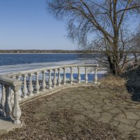 Балкон с видом на весну :: Михаил (Skipper A.M.)