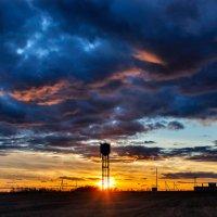 Я всегда восхищаюсь закатом... :: Анатолий Клепешнёв