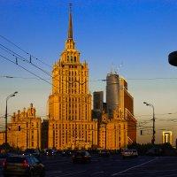 Гостиница  Украина. :: Валерий Гудков