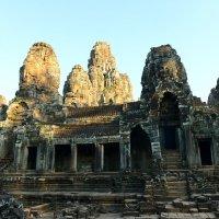 Храм Байон. Камбоджа :: Юрий Белоусов