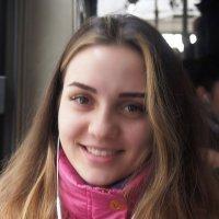 Незнакомка  улыбнулась с весенним настроением :: Николай Сапегин