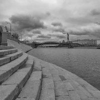 Лестница в воду :: Юрий Кольцов