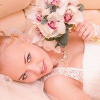 Невеста с букетом. :: Петр Панков