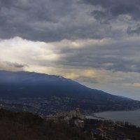 Погода нынче что то хмурится и тянет каплями дождя... :: M Marikfoto