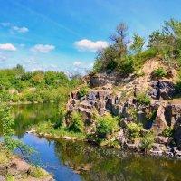 Поэзия скал и реки :: Валентина Данилова