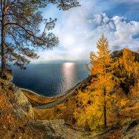 С видом на озеро. :: Фёдор. Лашков