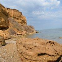 Крым, весеннее море :: Тамара Мадюдина