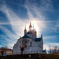 Солнышко меж куполов.. :: Виталий Федотов