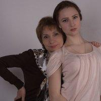 Мама с дочкой.. :: Ирина Малышева