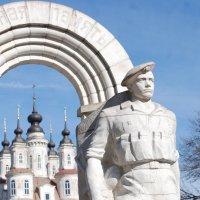 Памятник войнам-интернационалистам. :: Александр Атаулин