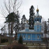 Церковь Петра и Павла в поселке Сиверский :: Елена Павлова (Смолова)