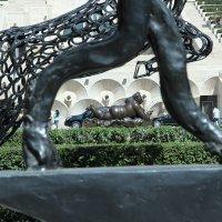 В парке скульптур. :: Larisa Gavlovskaya