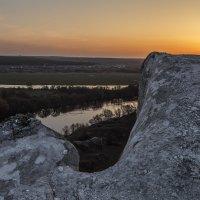На меловых горах в апреле :: Юрий Клишин