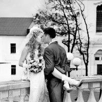 a kiss :: JULIA NIKONCHUK