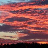 Горящие облака... :: Илона Каадзе