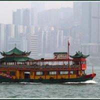 Туманный Гонконг :: Евгений Печенин